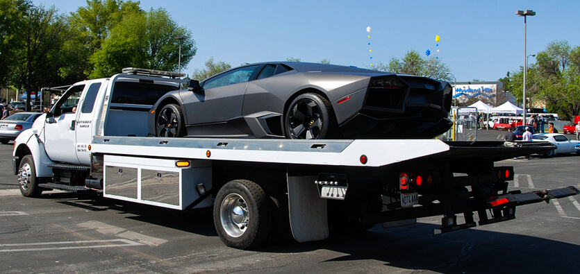 A Brief Introduction to Flatbed Trailer Towing