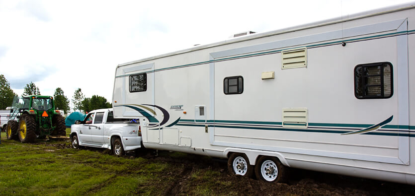 RV Towing: Safety Checklist