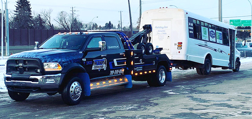 How Towing Professionals Ensure A Vehicle Recovery Success