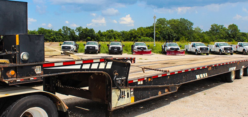 4 Benefits Of Flatbed Towing Services